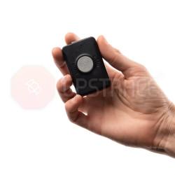 Kolorowy lokalizator GPS P66 dla dziecka